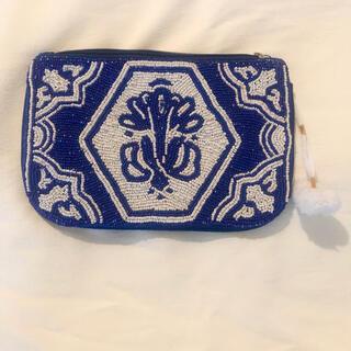 新品同様美品 Cotton on  ビーズ刺繍 クラッチバック