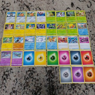 ポケモン(ポケモン)のポケモンカード海外版 英語表記 ノーマルカード35枚まとめ売り(シングルカード)