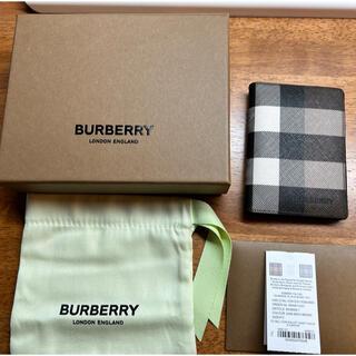 バーバリー(BURBERRY)のburberry Eキャンバス カードケース バーチブラウン(名刺入れ/定期入れ)