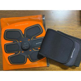 シックスパッド(SIXPAD)のSIXPAD 電池式(トレーニング用品)