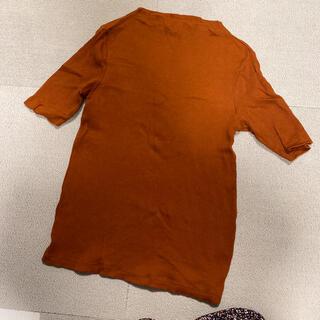 UNIQLO - UNIQLO リブTシャツ 深みのあるオレンジカラー