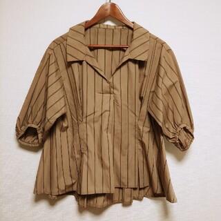 ピーチジョン(PEACH JOHN)のストライプブラウス(別布リボン付)(シャツ/ブラウス(半袖/袖なし))