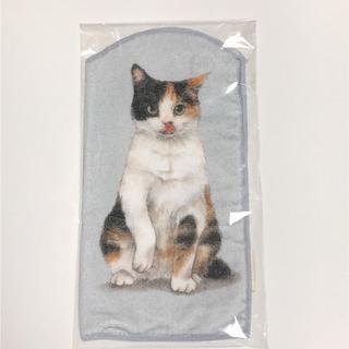 フェリシモ(FELISSIMO)のフェリシモ 机の上におすわり 猫のペットボトルタオル(ハンカチ)