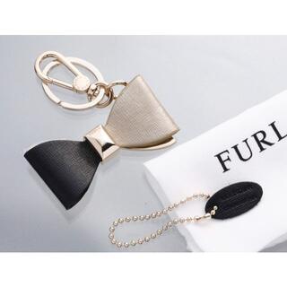 フルラ(Furla)のS7220M 美品 フルラ リボン 本革 バックチャーム キーリング(キーホルダー)