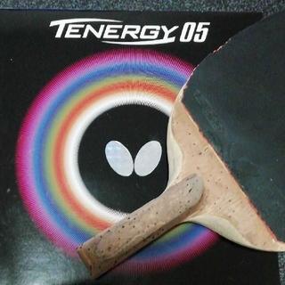バタフライ(BUTTERFLY)のButterfly 卓球ラケット黒蝶フレーバー ラバーは高性能テナジー05特厚(卓球)