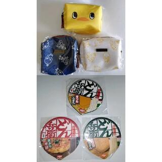 ニッシンショクヒン(日清食品)のチキンラーメンひよこちゃん  オリジナルポーチ どん兵衛コースター メモ帳セット(ノベルティグッズ)