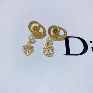 ディオール(Dior)のDIORハートパールピアス(ピアス)