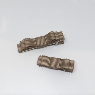 プティマイン(petit main)の855,グログランリボンのヘアクリップ大小セット♡ハンドメイド、ヘアクリップ(ファッション雑貨)