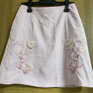 ダズリン(dazzlin)のダズリン 花柄スカート Mサイズ(ミニスカート)