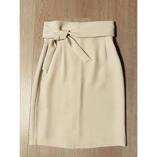 ボッシュ(BOSCH)のボシュ BOSCH タイトスカートベージュ色 表記サイズ36 未使用に近い美品♪(ひざ丈スカート)