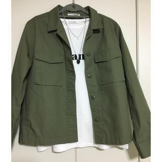 ユニクロ(UNIQLO)のジャケット ライトアウター ユニクロ(ミリタリージャケット)
