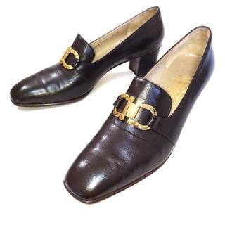 サルヴァトーレフェラガモ(Salvatore Ferragamo)の【Salvatore Ferragamo レザー シューズ】フェラガモ 靴(ローファー/革靴)
