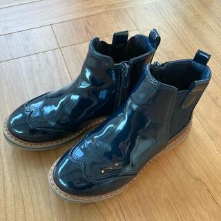 ザラ(ZARA)のZARA エナメルショートブーツ18センチ(ブーツ)