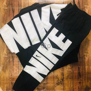 NIKE - 新品 NIKE ナイキ ウーブン ジャケット&パンツ 上下セット XL
