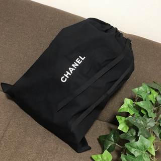 CHANEL - CHANEL シャネル 巾着 ブラック 大判サイズ