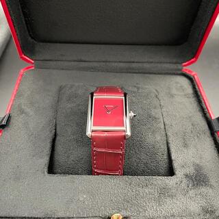 カルティエ(Cartier)のカルティエ タンクマストLM 2021年新作 WSTA0054 レッドダイヤル(腕時計(アナログ))