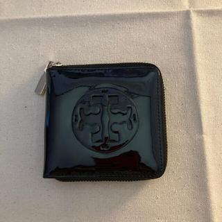 トリーバーチ(Tory Burch)のトリバーチ エナメル二つ折り財布(財布)