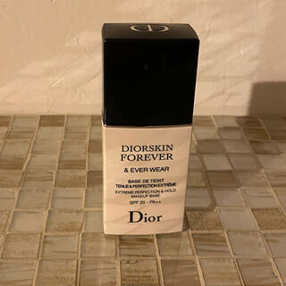 Christian Dior - ディオールスキン フォーエバー&エバー  ユニバーサル メイクアップベース