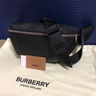 BURBERRY - BURBERRY バーバリー ウエストバッグ 美品