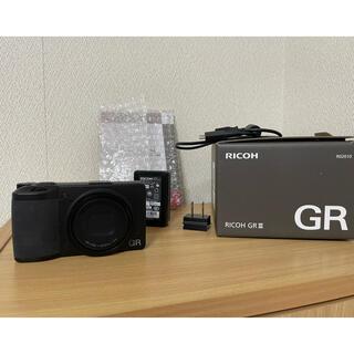 リコー(RICOH)のGR3  バッテリー合計3つ(コンパクトデジタルカメラ)