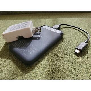 エーユー(au)のau ポータブルバッテリー 送料無料(バッテリー/充電器)