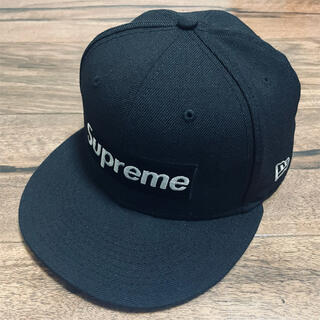 シュプリーム(Supreme)のSupreme® $1M Metallic Box Logo New Era®(キャップ)