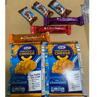 コストコ - コストコマカロニチーズ2箱とコストコチョコロール3本とマシュマロチョコ3個