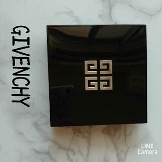 ジバンシィ(GIVENCHY)のジバンシイ♡タンクチュールクッション C104 ジバンシー(ファンデーション)