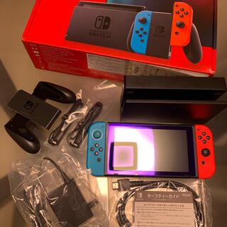 Nintendo Switch - 【中古】任天堂 switch【新型】ネオンブルー/ネオンレッド