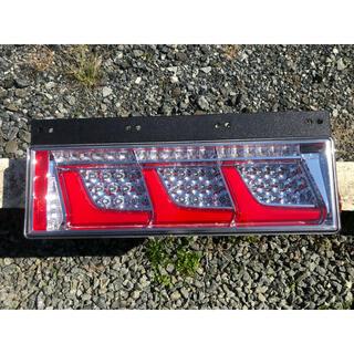 小糸『KOITO』LEDテールランプトラック用24V左右セット