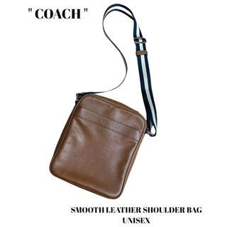 コーチ(COACH)のCOACH コーチ スムースレザーショルダーバッグ・フライトバッグ ユニセックス(ショルダーバッグ)