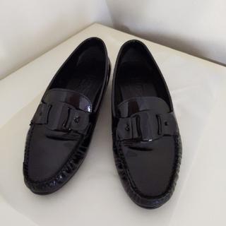 サルヴァトーレフェラガモ(Salvatore Ferragamo)のフェラガモ♡ローファー(ローファー/革靴)