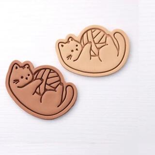☆猫ちゃん☆毛糸と戯れ姿☆クッキー型☆お菓子型☆