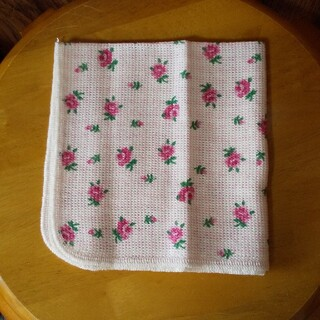 日本製 綿100%ピンクの薔薇柄  ふきん  約34.5cm×35.5cm1枚④