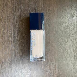 Dior - ディオールスキン フォーエヴァー フルイド グロウ 1N