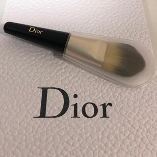 ディオール(Dior)のDior ファンデーションブラシ 丸平タイプ(チーク/フェイスブラシ)