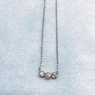 4℃ - 4°C プラチナ PT850 3Pダイヤモンド ネックレス