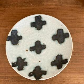 楠田純子さん クロス柄 ケーキ皿