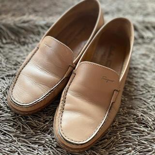 サルヴァトーレフェラガモ(Salvatore Ferragamo)のフェラガモローファー 24センチ(ローファー/革靴)
