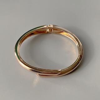 ナノユニバース(nano・universe)のWrap line gold bangle No.709(ブレスレット/バングル)