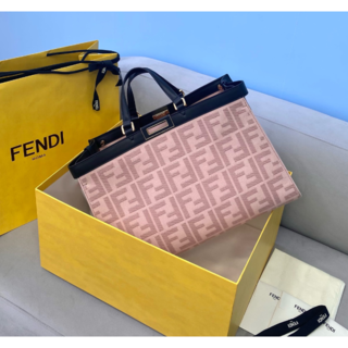 FENDI - 高品質 FENDIハンドバッグ