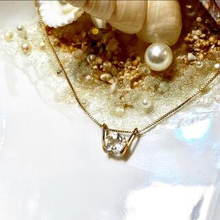 1点物*14kgf宝石質クリスタルシンプルペントップ(チャーム)
