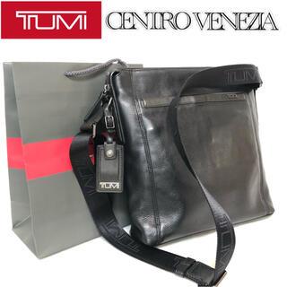 トゥミ(TUMI)の【希少】TUMI CENTROVENEZIA CROSSBODY 68602JT(ショルダーバッグ)