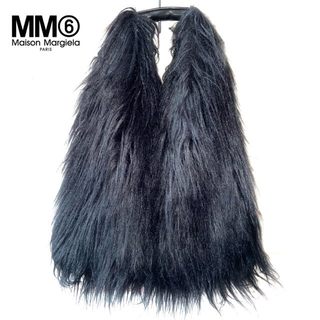 MM6 - 美品【メゾンマルジェラ】MM6 フェイクファーバッグ ブラック