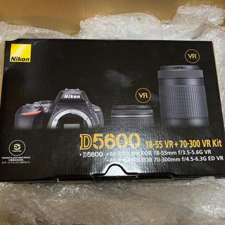 Nikon - ニコンD5600ダブルズームキット