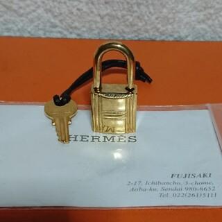 Hermes - HERMES ゴールド カデナパドロック南京錠鍵付き!