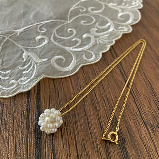 Vintage small pearl neckless
