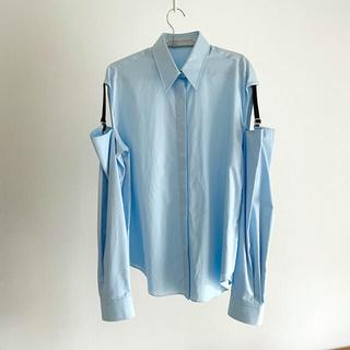 ジョンローレンスサリバン(JOHN LAWRENCE SULLIVAN)のjohn lawrence sullivan 肩開きガーターシャツ ブルー(シャツ/ブラウス(長袖/七分))