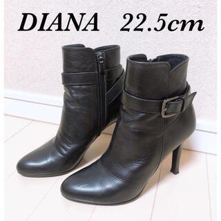 DIANA - DIANA バックルベルト付き ショートブーツ