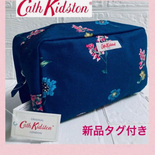 キャスキッドソン(Cath Kidston)の【新品タグ付き)キャスキッドソン★ポーチ 花柄 Mサイズ 送料無料(ポーチ)